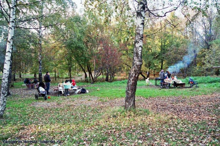 Фотография: Любители застолий в парке(наверное им не хватило места в кафе).jpg, пользователя: Иван Васильевич