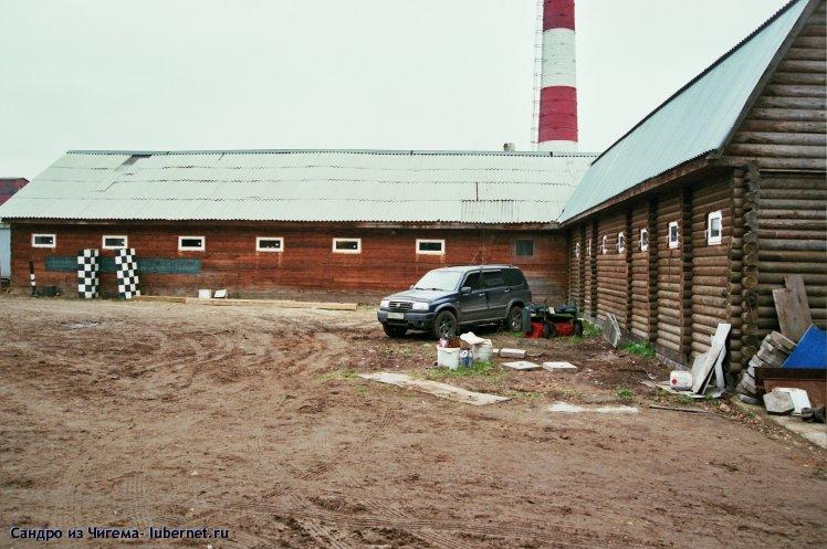 Фотография: Совмещеное с конюшней здание конно-спортивного клуба.jpg, пользователя: Сандро из Чигема