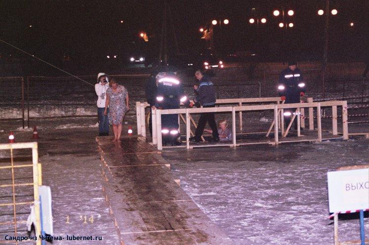 Фотография: Женщины не только коня на скаку остановят... ещё и в холодную воду войдут:).jpg, пользователя: В@cильичЪ