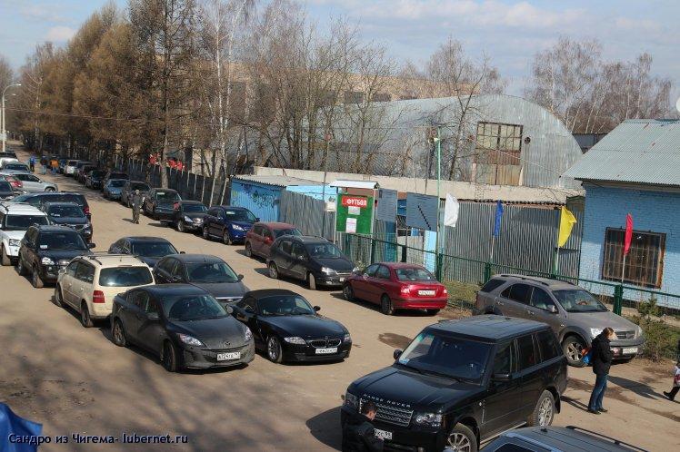 Фотография: Стояка авто в день проведения детских турниров по футболу у стадиона Искра .JPG, пользователя: В@cильичЪ