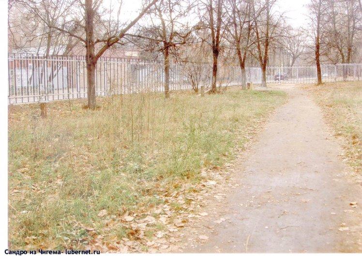 Фотография: Здесь, на у.3-я Крсногорская, а не на ул.8 Марта,  было бы лучше сделать входную группу в Наташинский парк.jpg, пользователя: В@cильичЪ
