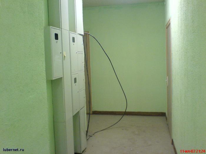 Фотография: Электрический кабель на 11-м этаже, которого как бы нет., пользователя: rindex