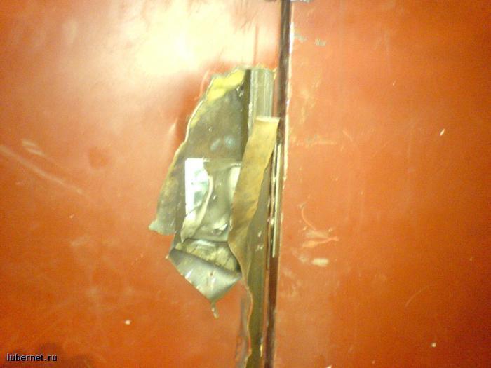 Фотография: Взлом двери в насосную станцию 43-го корпуса., пользователя: rindex