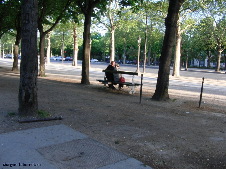 Фотография: Скамейка у дороги, пользователя: Morgan