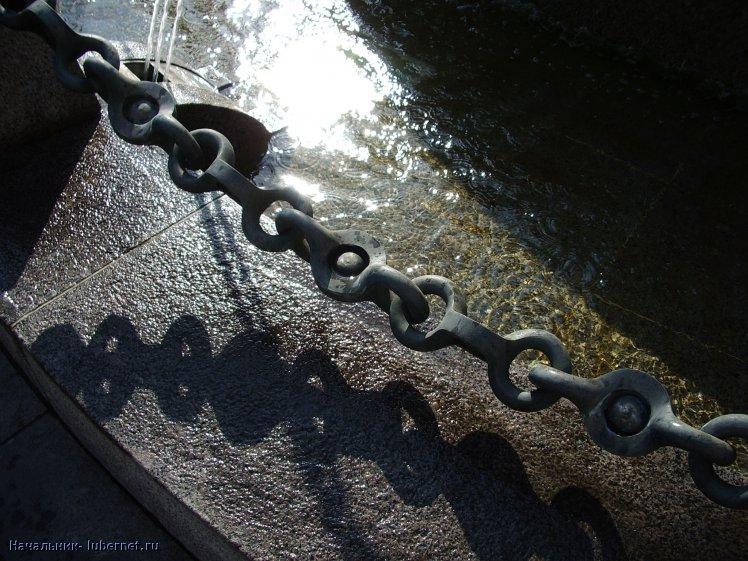 Фотография: У фонтана.JPG, пользователя: Начальник